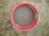 レンガ敷きに使った砂